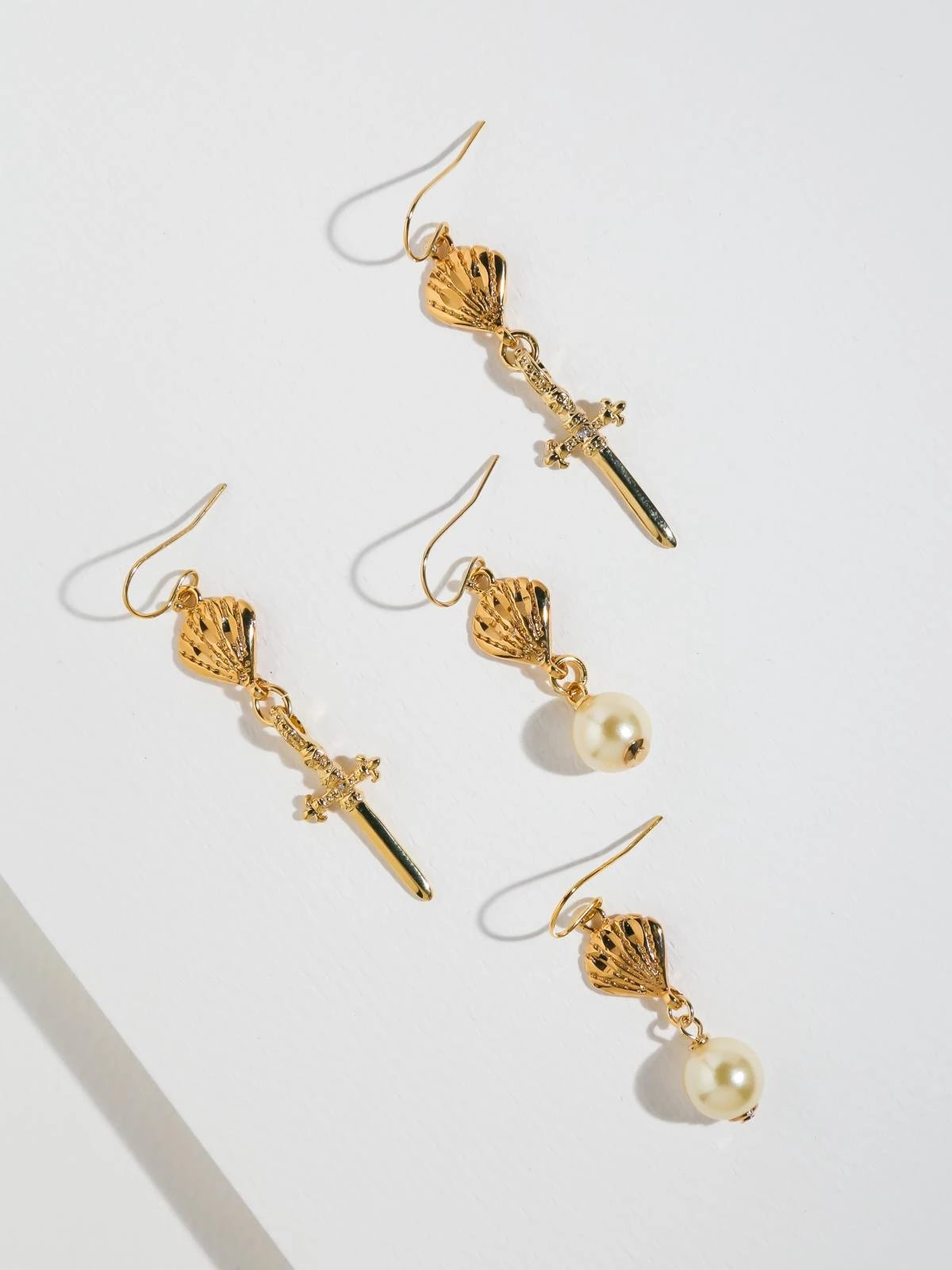 The Atlas Earring Set
