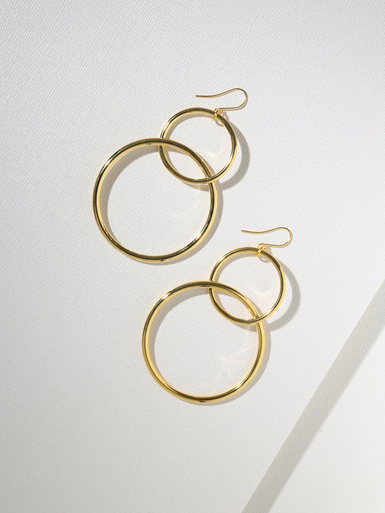 The Interlocking Hoop Earrings