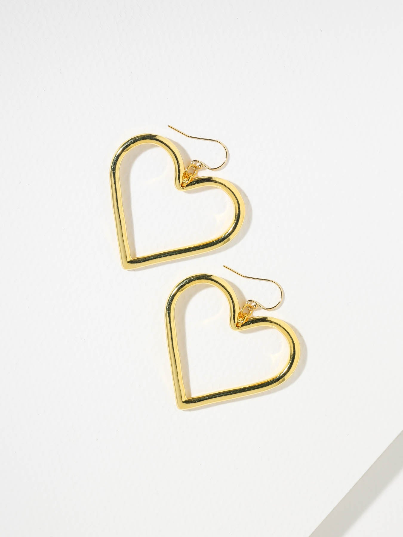The Queen Heart Earrings