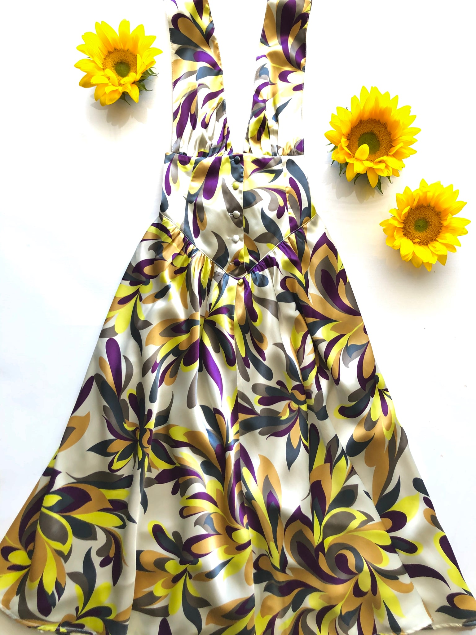 Samples The Venus Dress: Psychedelic Satin | SAMPLE Vanessa Mooney