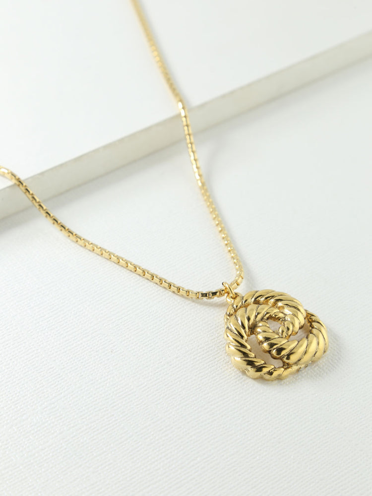 The Valleta Necklace