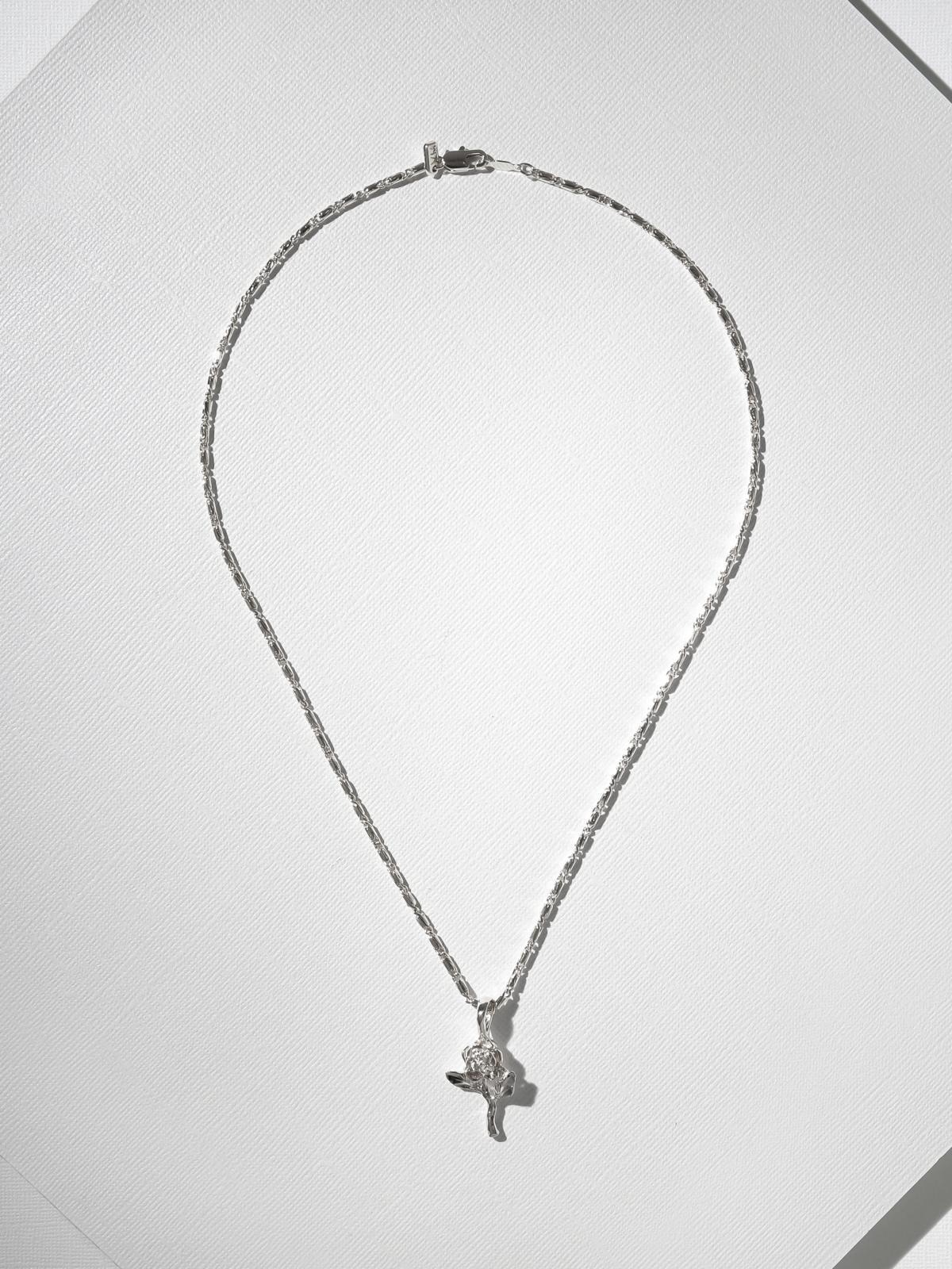 The Little Rose Charm Necklace - Silver