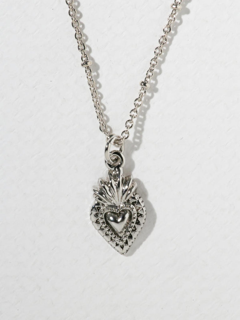 The Sacred Heart Necklace Silver
