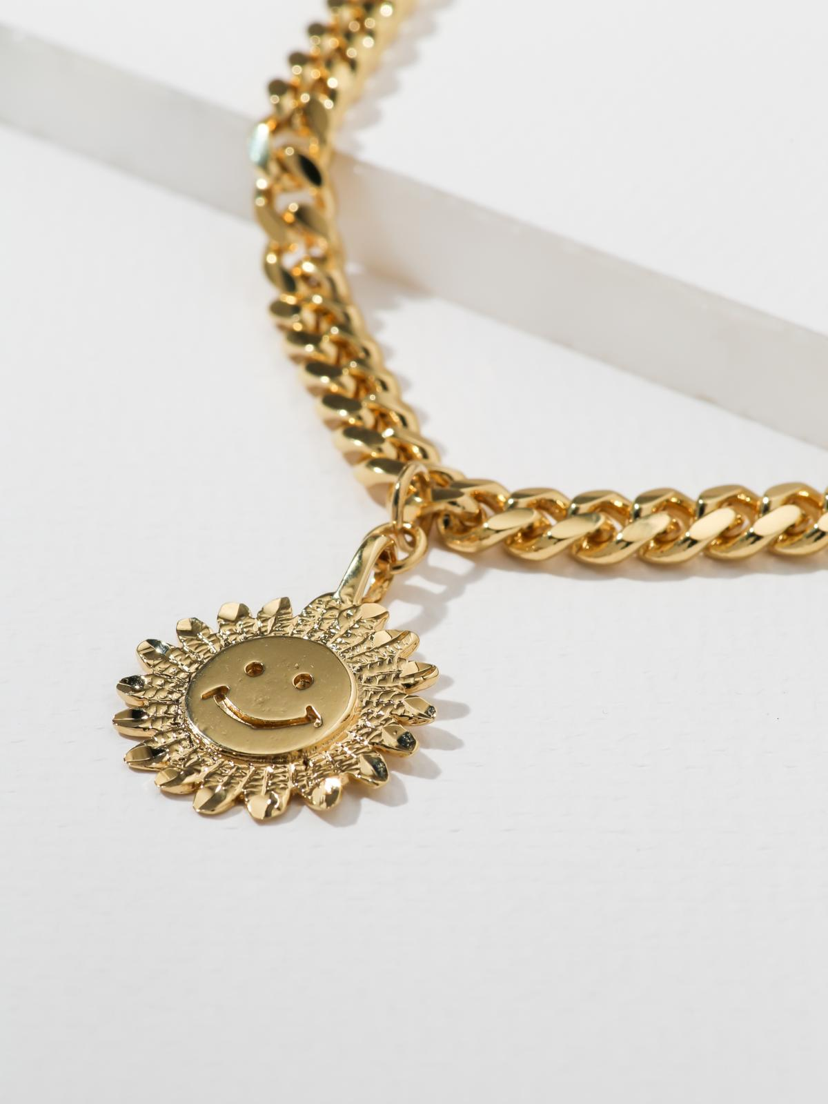 The Happy Flower Necklace