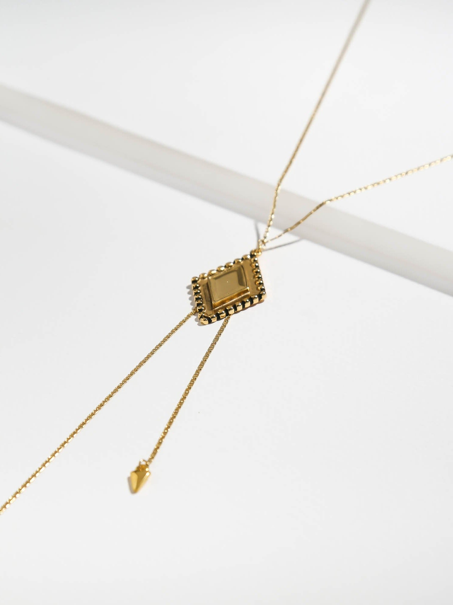 The Diamond Lariat Necklace - Antiqued Gold