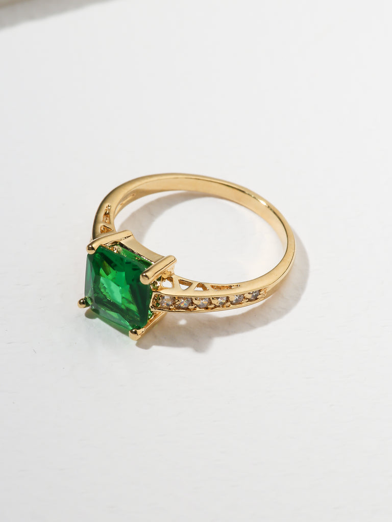 Rings The Future Ring - Emerald Vanessa Mooney