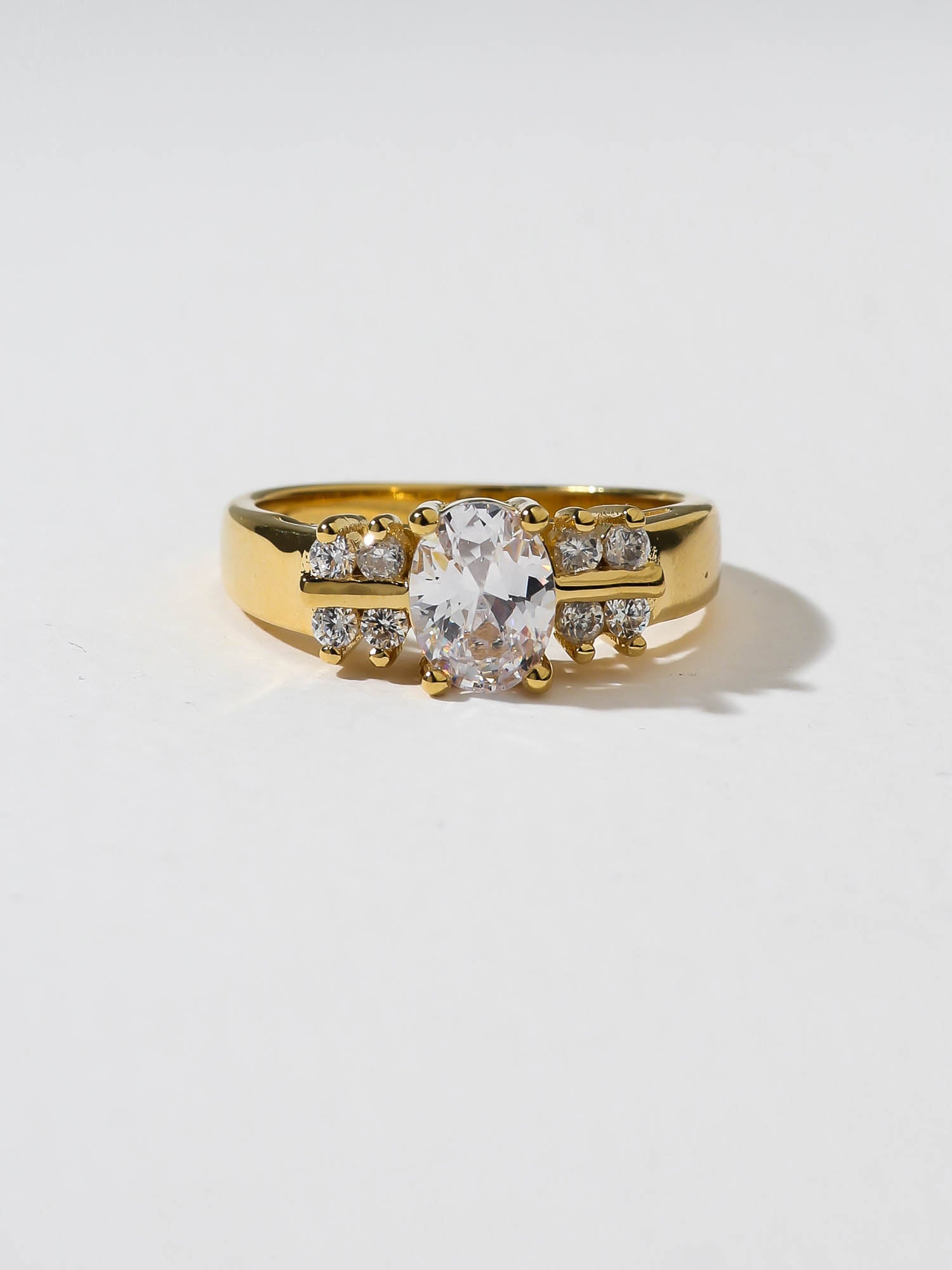 The Thea Ring