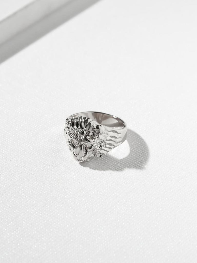 Rings The Unisex Lion Ring Silver Vanessa Mooney