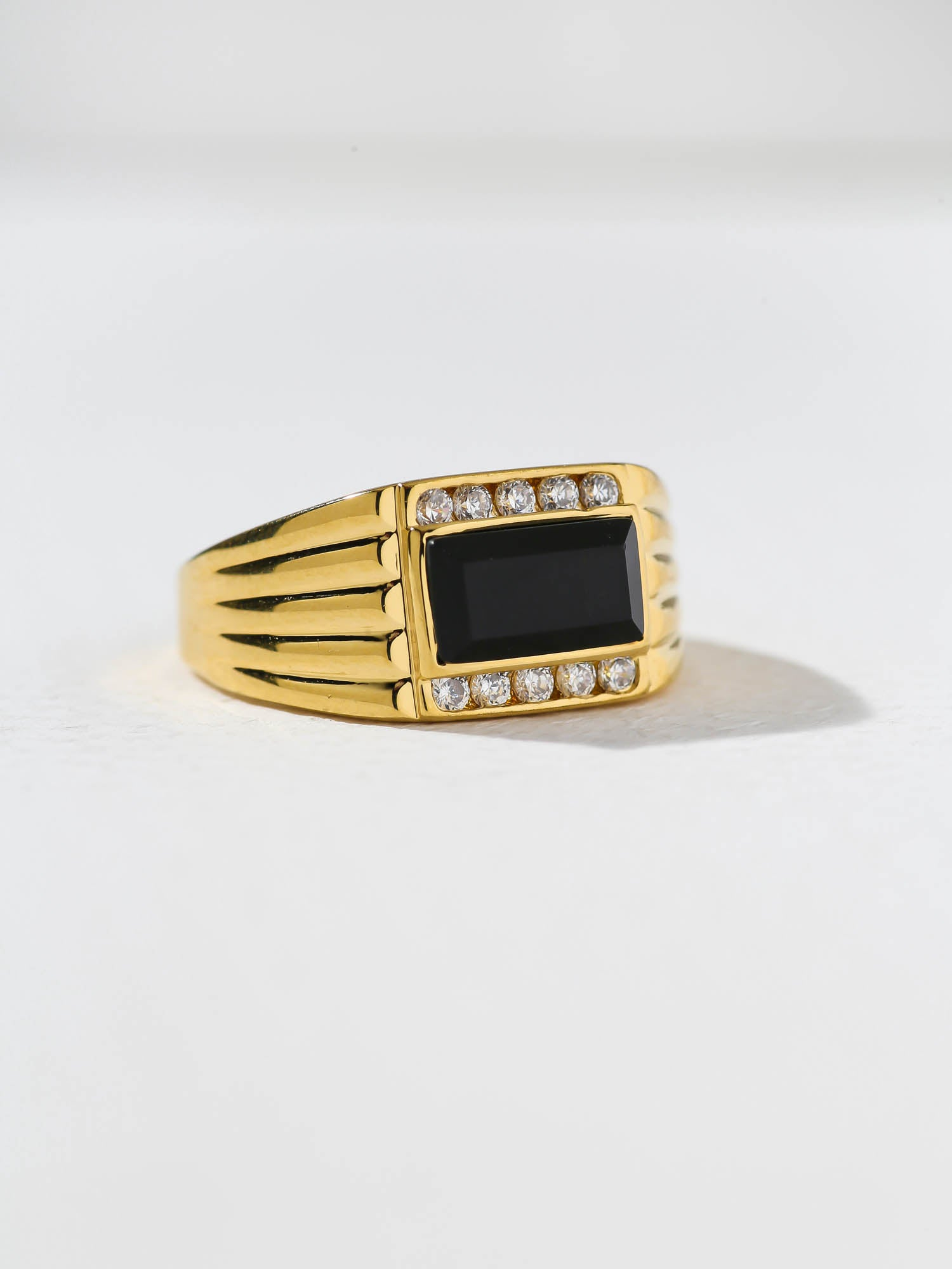 Rings The Papa Unisex Ring Vanessa Mooney