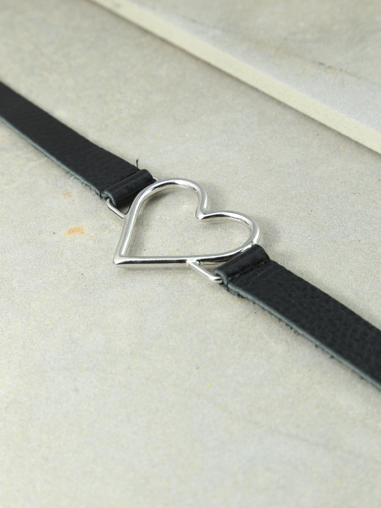 The Our Amour Leather Choker Black