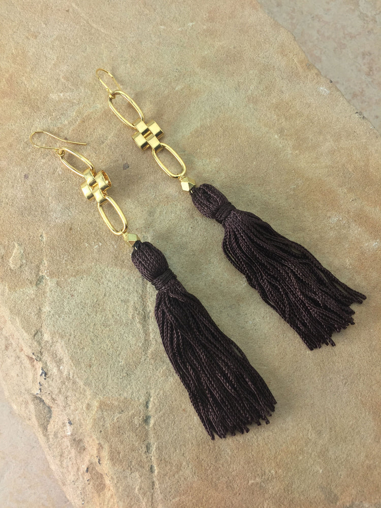 The Faith Tassel Earrings Brown