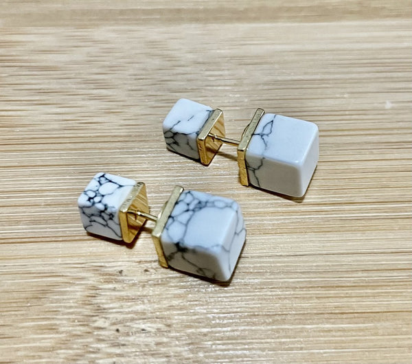 Double-Sided white marble studs
