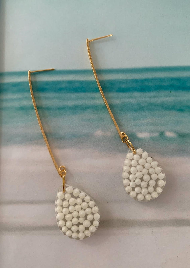 Resina pearl earrings