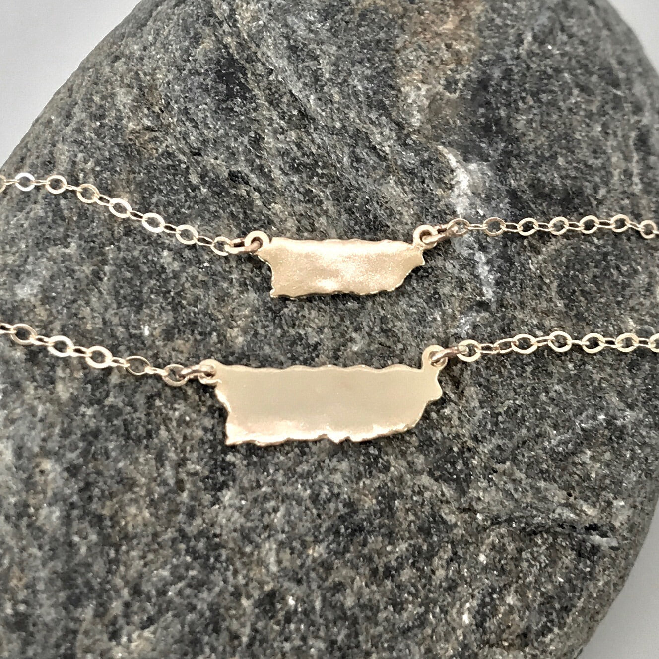 Puerto Rico Necklace unisex gold