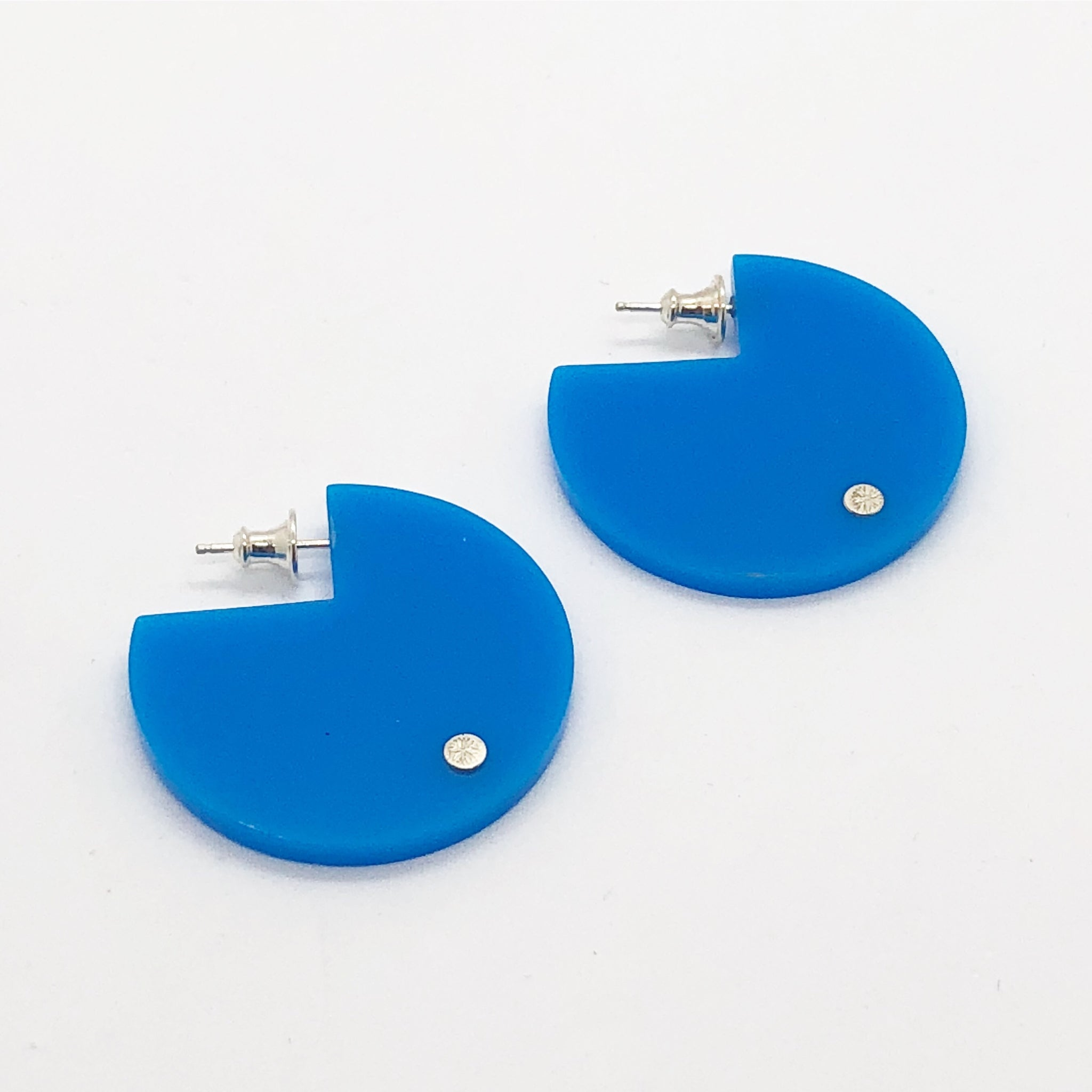 Pak light blue earrings