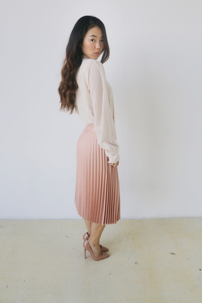 Do + Be  Blush  pleated skirt