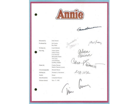 Annie Movie Script Screenplay Autographed Aileen Quinn, Albert Finney, Carol Burnett, Bernadette Peters, Tim Curry, Geoffrey Holder