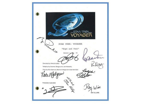 "Star Trek Voyager ""Hope and Fear"" Episode TV Script Autographed Kate Mulgrew, Robert Beltran, Roxann Dawson, Robert Duncan McNeil, Tim Russ"