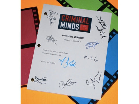 "Criminal Minds ""Broken Mirror"" Episode TV Script Autographed: Thomas Gibson, Mandy Patinkin, Matthew Gray Gubler, Shemar Moore & More"