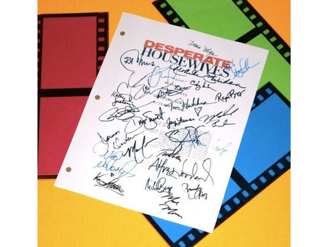 "Desperate Housewives ""Pilot"" Episode TV Script Autographed: Marcia Cross, Eva Longoria, Felicity Huffman, Nicollette Sheridan, Steven Culp"