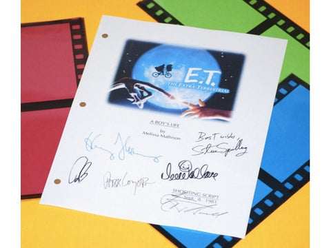 E.T. Extra Terrestrial Movie Script Signed Screenplay Autographed: Steven Spielberg, Drew Barrymore, Henry Thomas, Dee Wallace & More
