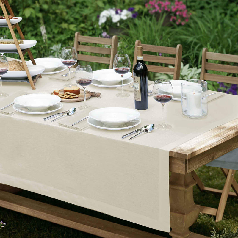 Villeroy and Boch La Classica Linen Fabric Tablecloth