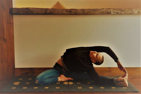 Parivrtta Janu Sirsasana (Revolved Head to Knee)
