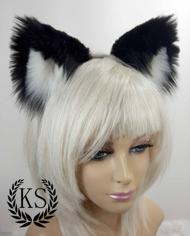 Monochrome Lavish Ears