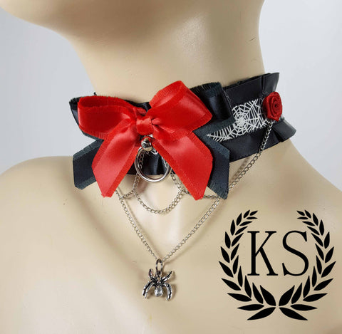 Rosey Spider Chained Thick Collar