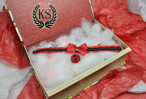 Red and Black Skinny Kitty Collar