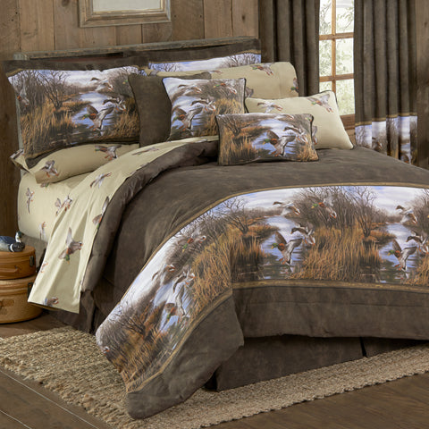 Duck Approach Comforter Set (Queen Size) - My Bed Covers