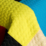 Love In Sunlight 3PC Vermicelli-Quilted Patchwork Quilt Set (Full/Queen Size) | My Bed Covers