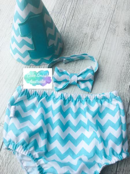 Baby Cake Smash Outfit / First Birthday Outfit / Aqua Chevron