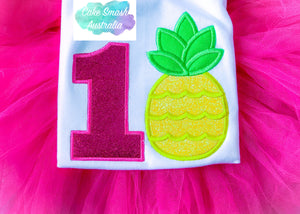 Baby Cake Smash / First Birthday / Pineapple Theme