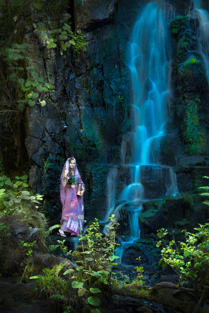 Linn Jaw Waterfall: from lucky find to Indian themed photoshoot