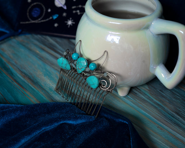Moon haircomb