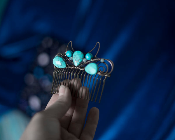 Moon crown with blue crystals