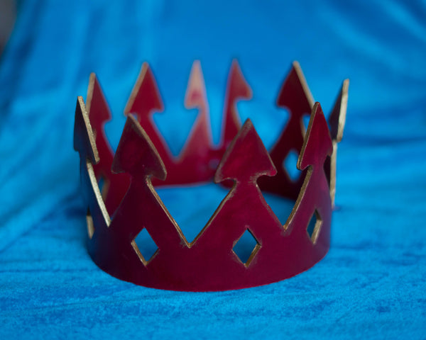 Queen of hearts Red leather crown
