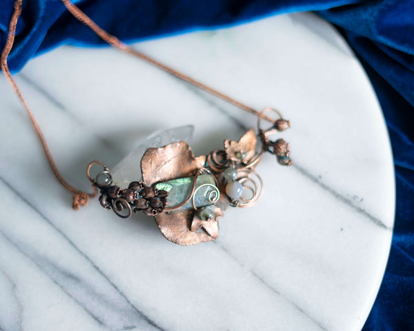 Copper Ivy labradorite pendant and blossoms earrings