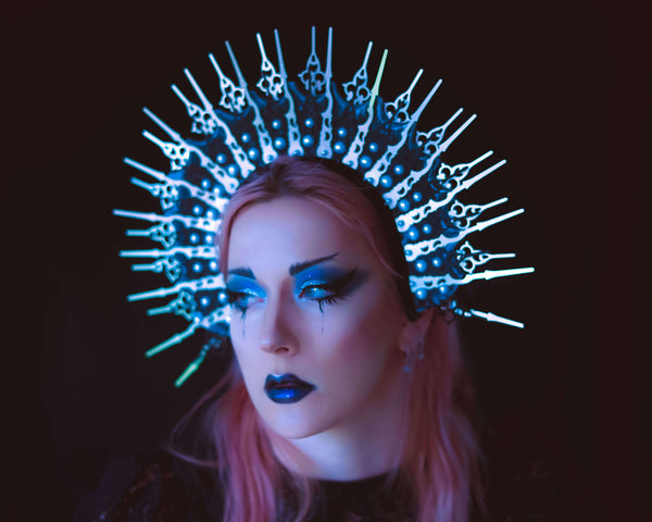 Timeless gothic halo crown