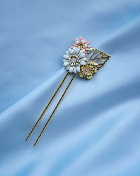 Aurelia Flower and crystal hairfork