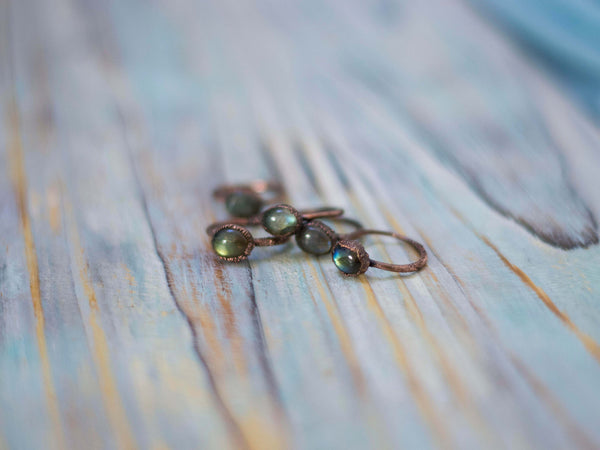 Simply minimal rustic stackable labradorite rings - MoonDome - 1
