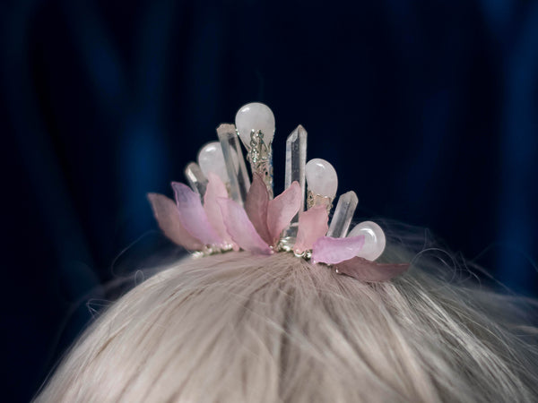 Pink petals and rose quartz mini crystal crown