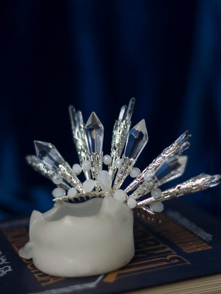 Frozen spikes quartz and crystals mini crown on comb