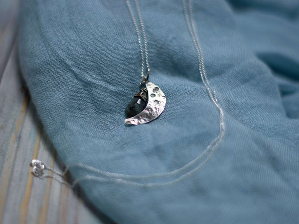Moon phase birthday custom pendant - MoonDome - 1