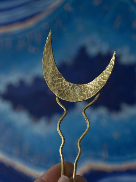 Selene moon hair pin in golden brass