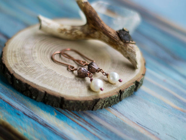 Lona Organic copper earrings with real spring blossoms and freshwater pearsl - MoonDome - 3