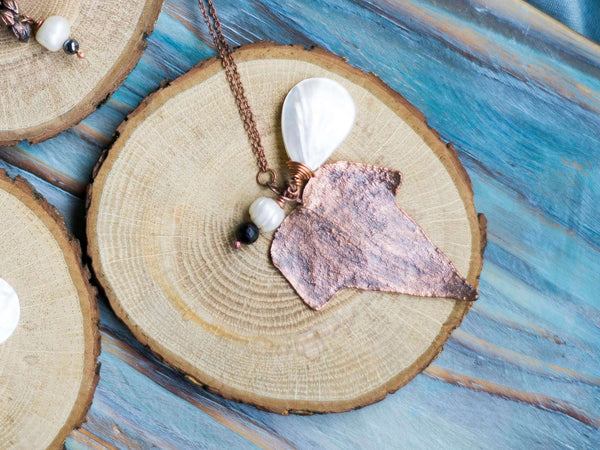 Ivy leaf organic copper long chain pendant with mother of pearl drop - MoonDome - 1