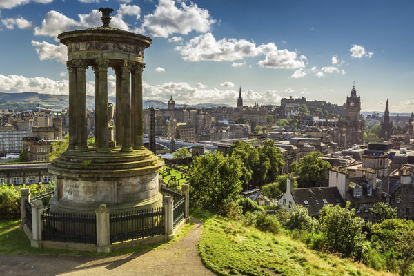 The Best of Edinburgh: A 3-Day Journey from Tourist to Local