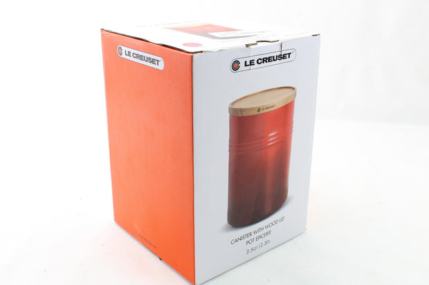 "Le Creuset 1/2"" Canister  Wood Lid 2 1/2 quart Cerise (Cherry Red) - Like New"